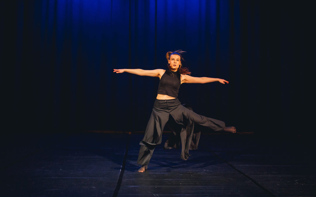 Piruetteja, hyppyjä sekä ihmissuhdetaitoja – Mitä kaikkea tanssikasvatus voi mahdollistaa?